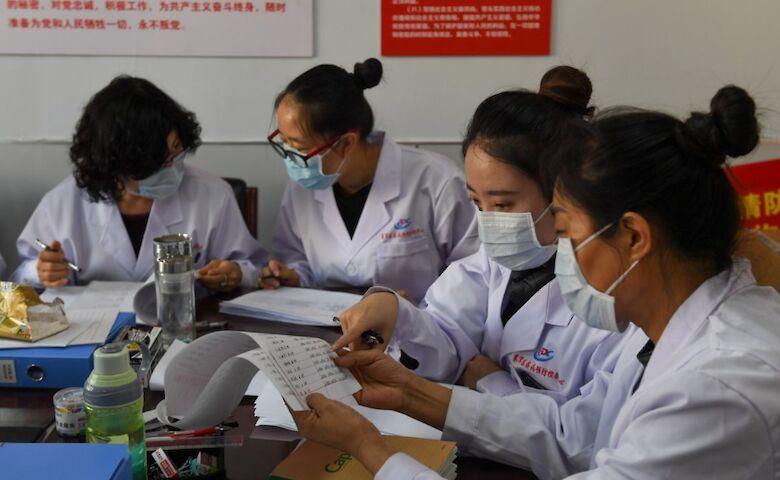 В провинции-эпицентре коронавируса в Китае впервые с начала эпидемии откроют школы