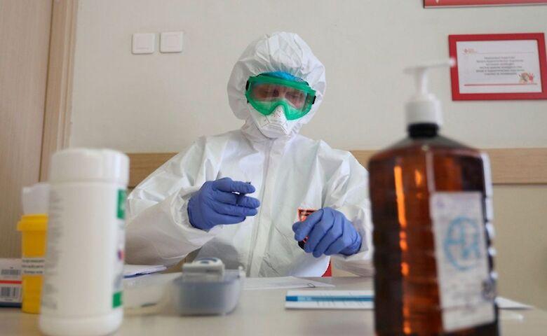 Количество больных коронавирусом в Украине приближается к 14 тысячам