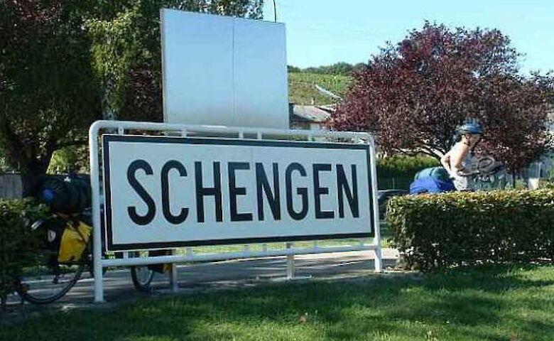 """""""Мини-Шенген"""": Словакия, Чехия и Австрия обсуждают взаимное открытие границ"""