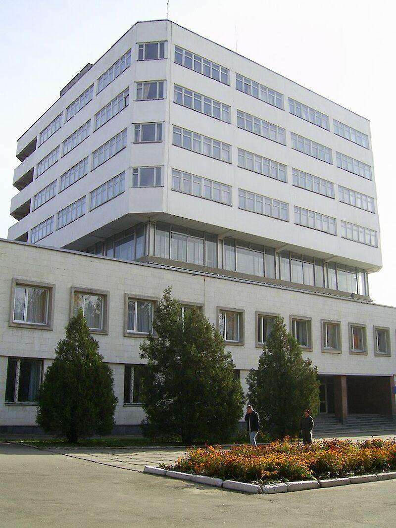 Вступ 2020: скільки коштує навчання у ТОП-10 університетах України