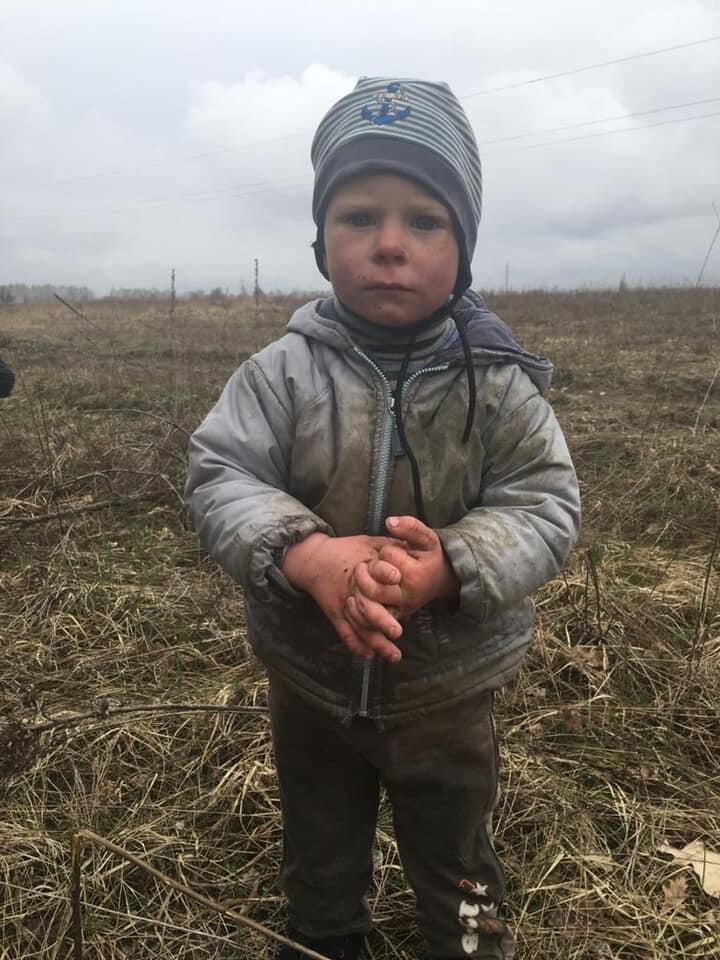 Полиция нашла пропавшего на Киевщине 2-летнего мальчика: его искали почти сутки