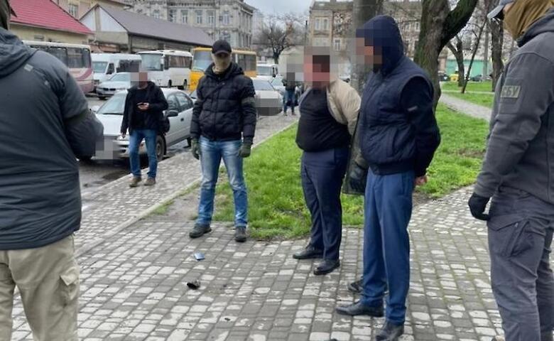Присваивали ежемесячно 1,5 млн грн. Одесских железнодорожников уличили в нелегальной продаже билетов